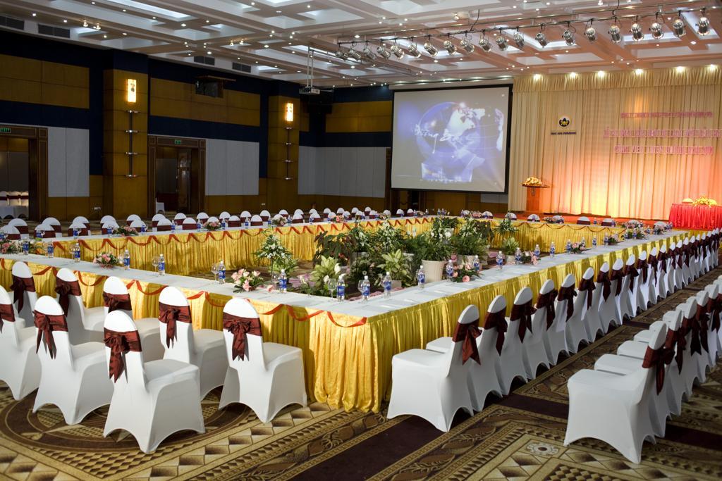 Sử dụng dịch vụ tổ chức sự kiện có giá rẻ mang lại nhiều lợi ích cho khách hàng.
