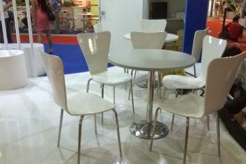 Dịch vụ cho thuê bàn ghế nhựa và innox.