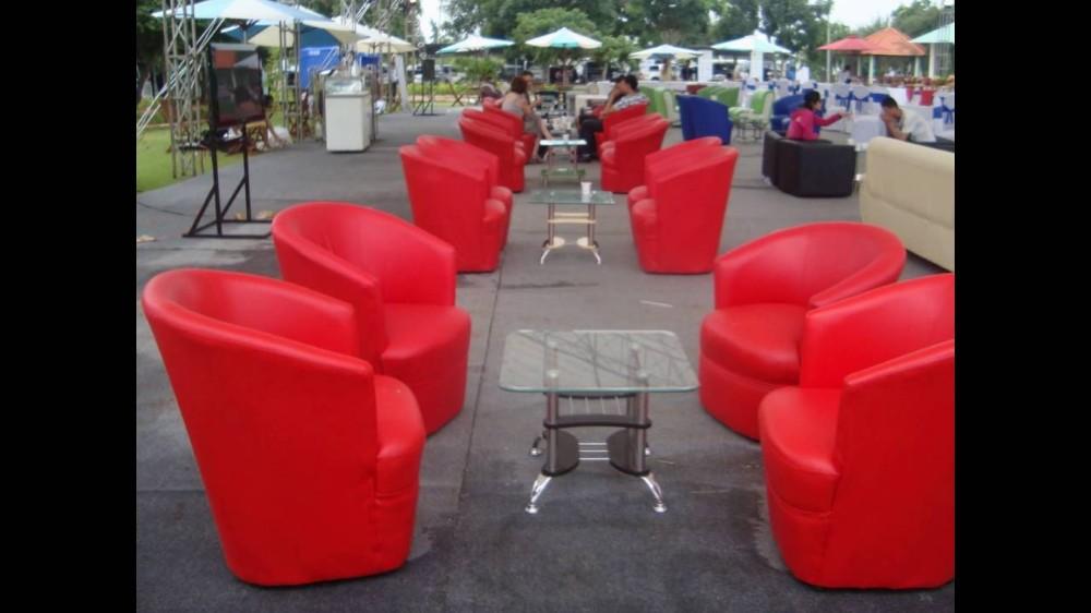 Các loại bàn ghế sofa Minh Vũ Media cho thuê luôn đảm bảo mới nhất và sạch sẽ nhất